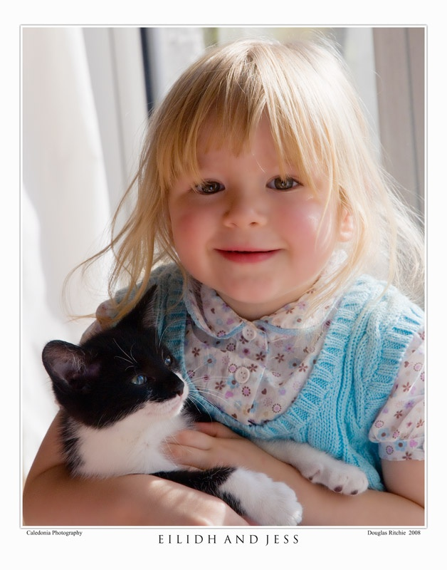 Eiidh and Jess - Portraits, Pets and Events