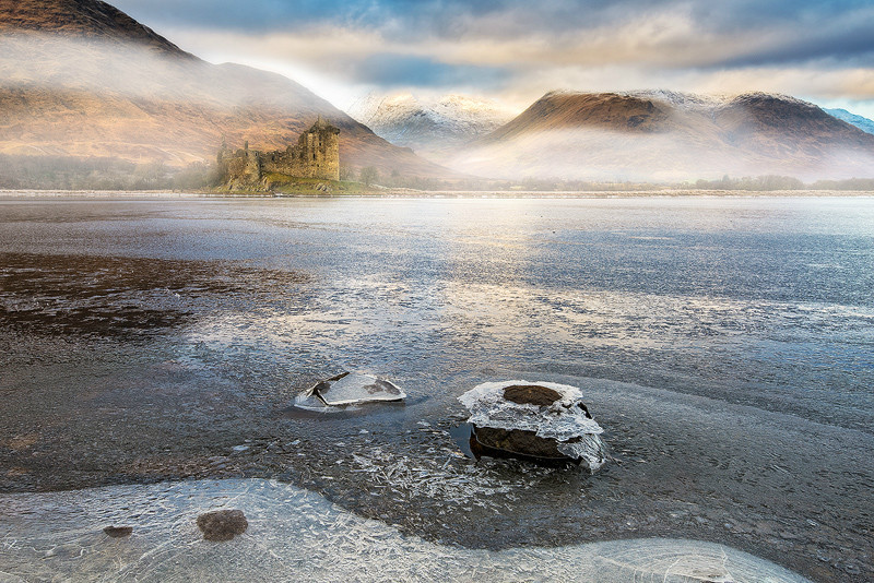 Kilchurn through the mist - The Light Captured