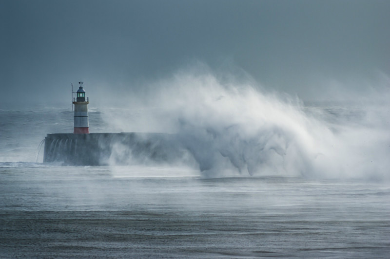 Storm Imogen hits Newhaven Lighthouse.