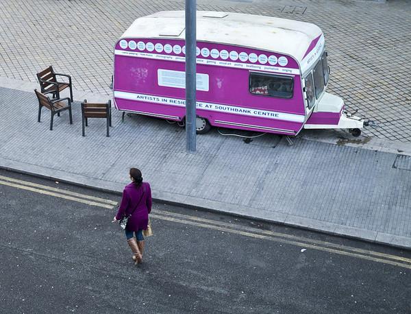 street-photography-colour-Linda Wisdom-04