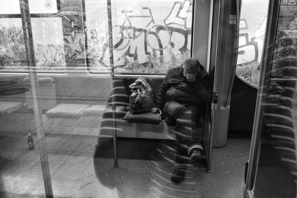 linda-wisdom-street-photography-Berlin-11