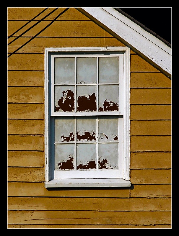 Peeling Window - Building Elements
