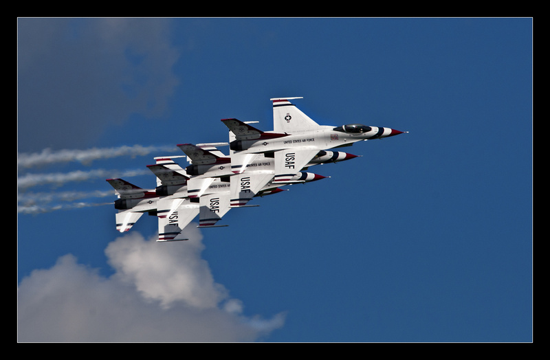 Thunderbirds Echelon - Aircraft