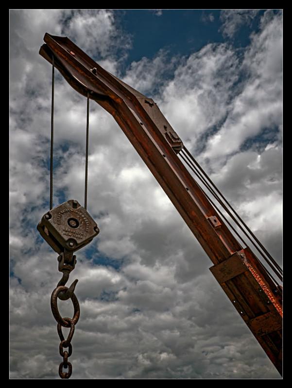 Crane and Chain - Hooked - Machines