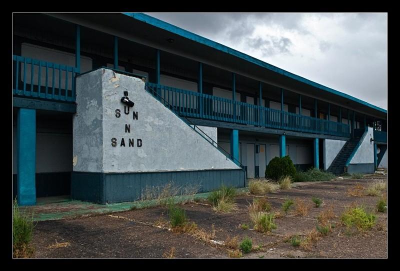 Sun 'n Sand - Architecture & Buildings