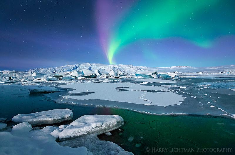 Aurora Eruption - Iceland Winter