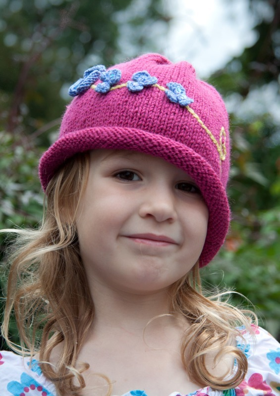 Forget me not hats 6-7564 - Marion Carrier Crafts