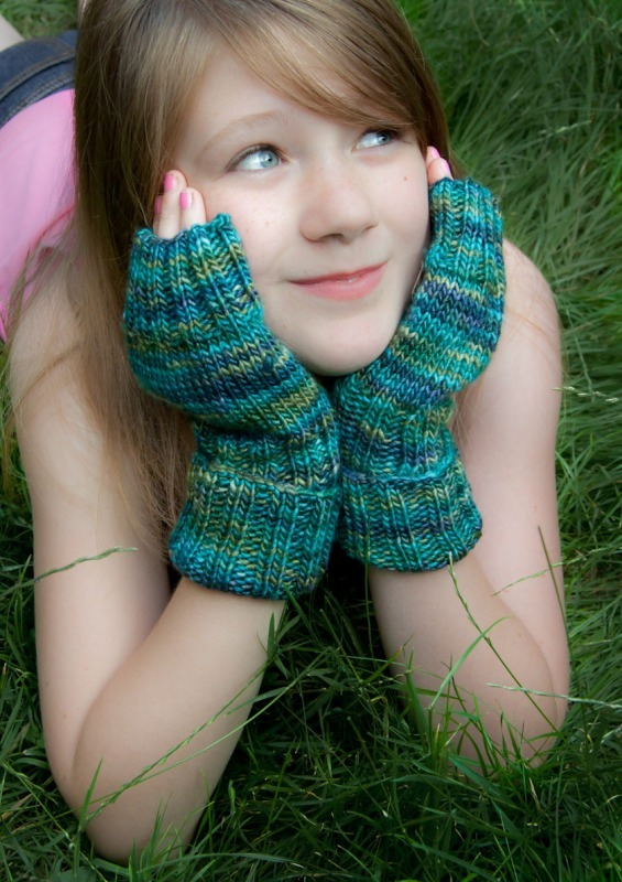 Wristwarmers  - Fibre content - Extra Fine Merino and Silk - Marion Carrier Crafts