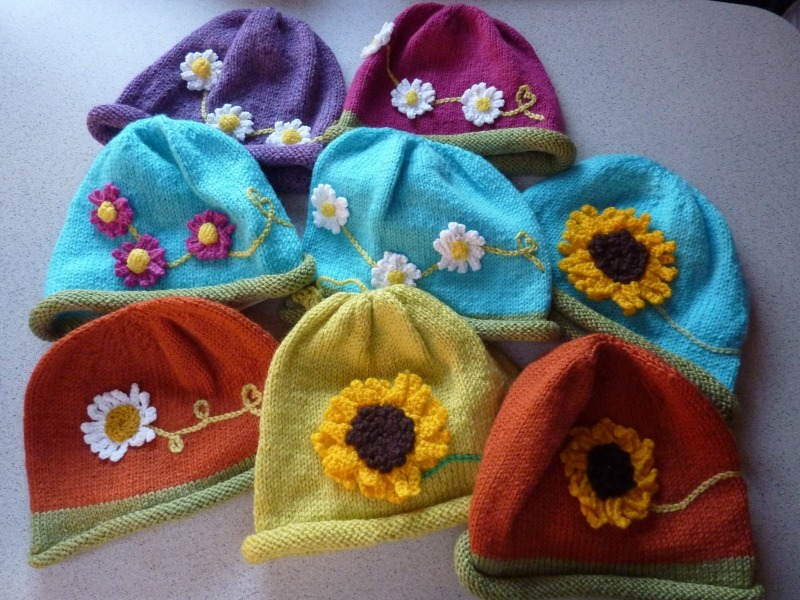Flower Beanies sample - Marion Carrier Crafts