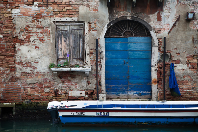 Urban photography of the streets in Venice.