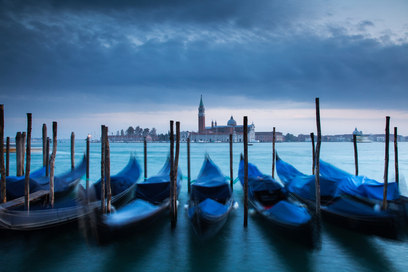 Landscape photography of the Venice coastline.