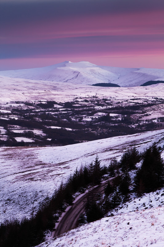 Snow covered mountain of Pen Y Fan in the Brecon Beacons, Wales.