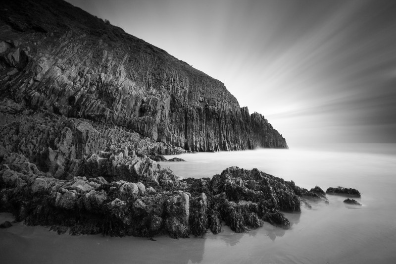 Shrinkle Haven, Pembrokeshire - Monochrome