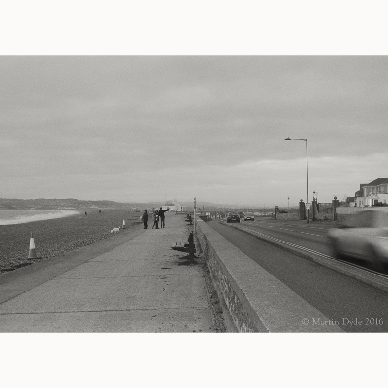 Seaford Seafront, looking west | The Silver Monochrome: black-and-white film photography by Martin Dyde