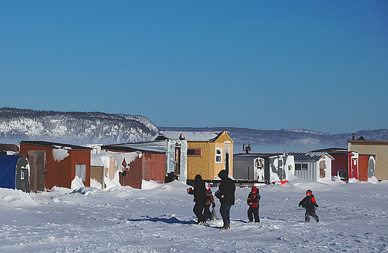 Day 39 s outing renforth ice fishing village for Ice fishing lake st clair