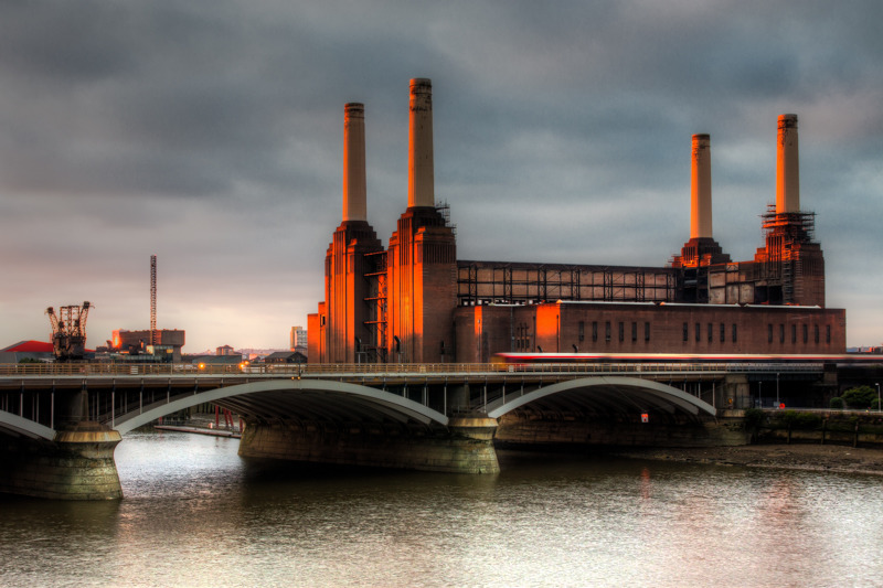 Battersea Power Station Dawn - City