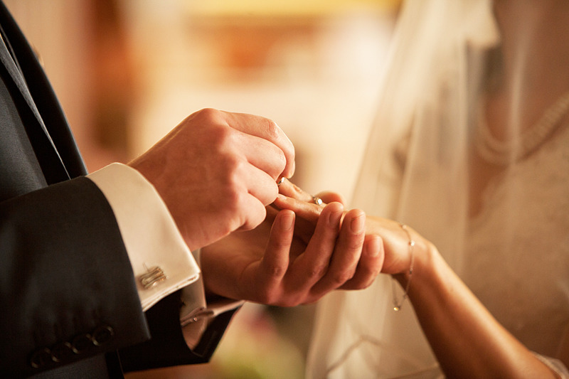 Wedding Rings   Photography Lewes   rachaeledwardsphotography.co.uk