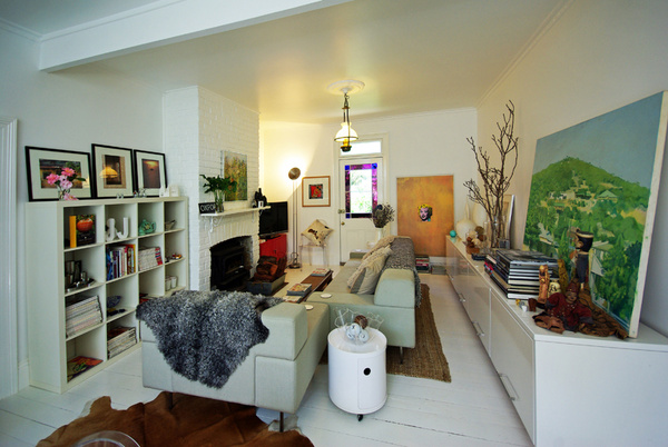 Hedgerow Cottage, Sitting room - Real estate: Kyneton (Hedgerow Cottage), Daylesford (The White House) and Goodwood (Ophir Street).