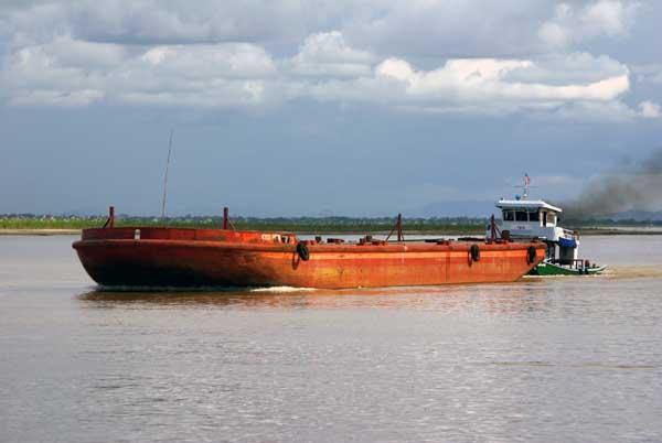 Irrawaddy barge - Burma