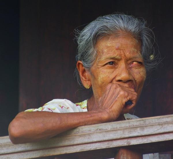 Old woman, Upper Irrawaddy River village - Burma