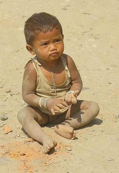 Small child, Assam - India (Assam, Brahmaputra cruise, Agra and Jaipur)