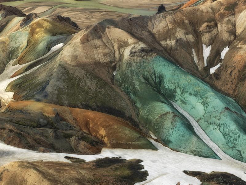 The Green Gully - Graenagil - Iceland Highland Aerials