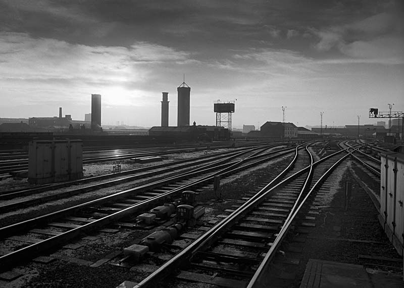 Lines, Leeds City Station - Landscapes