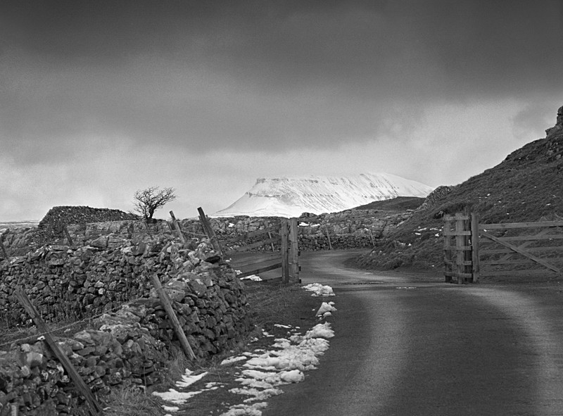 Road to Pen-y-Ghent - Landscapes