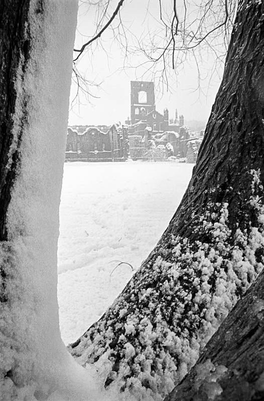 Winter at Kirkstall Abbey, Leeds (circa 1985) - Landscapes