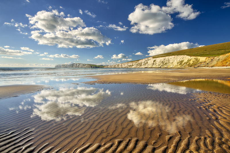 z2139 Crisp Autumn Day, Compton Bay - Blackgang to Compton inc West Wight