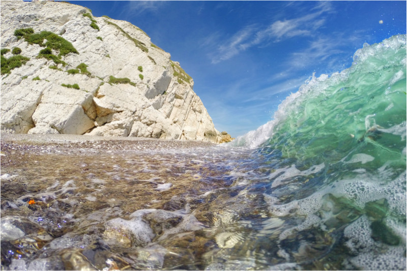 w013 Summer Blues, Watcombe Bay - The Wave Gallery