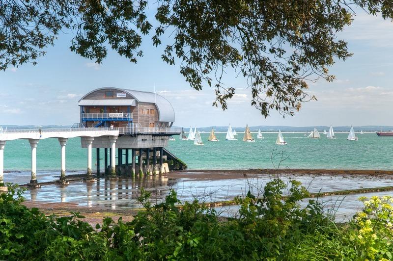 z2193 Round the Island Yacht Race, Bembridge Lifeboat Station - Seaview to Bembridge, Whitecliff Bay and Brading