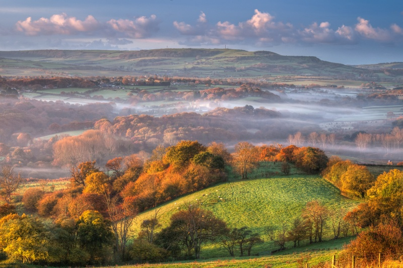 z2593 Morning View over Newchurch and Beyond - The Inner Island inc Newport & Godshill