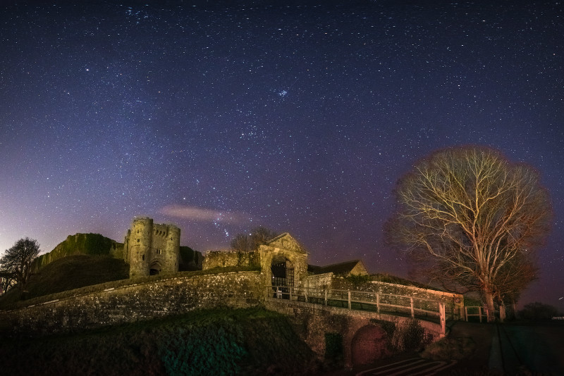 z3003 Carisbrooke Castle by Starlight - The Inner Island inc Newport & Godshill