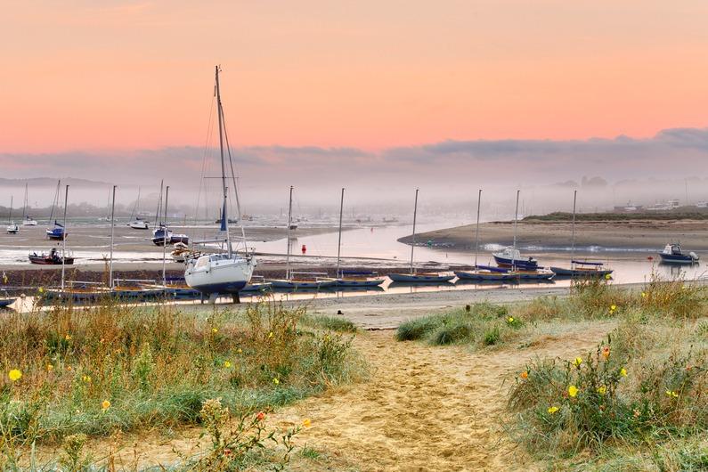 z2274 Bembridge Harbour at Dawn - Seaview to Bembridge, Whitecliff Bay and Brading