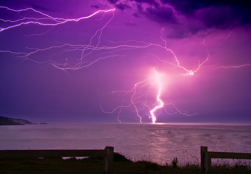 399 Lightning over the Needles - Freshwater Bay to Colwell Bay