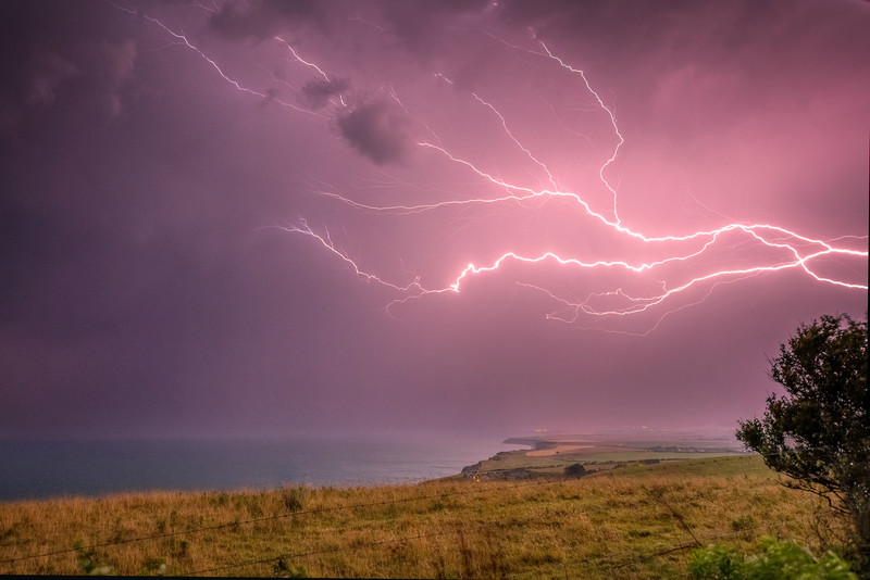 z3089 Crawler Lightning over Brighstone - Latest Photos