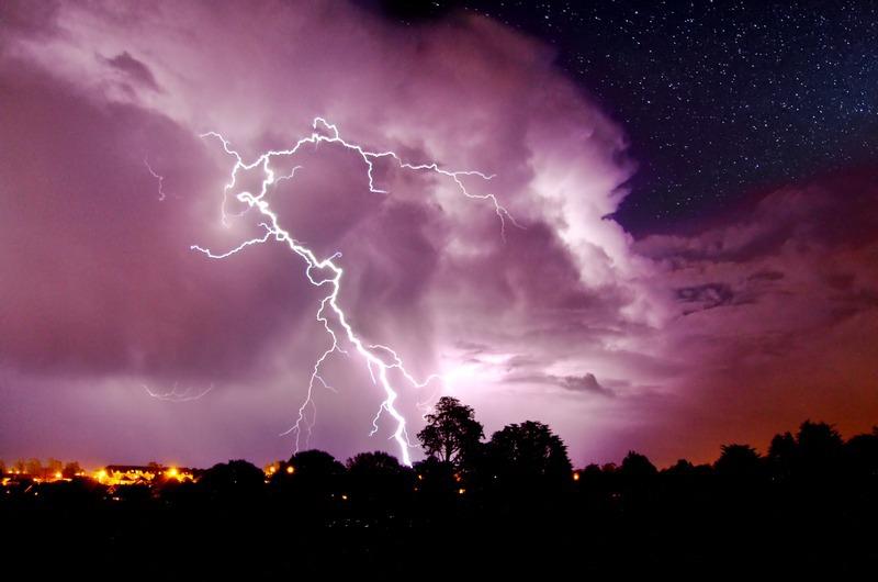 402 Lightning over Shanklin - The Lightning Gallery