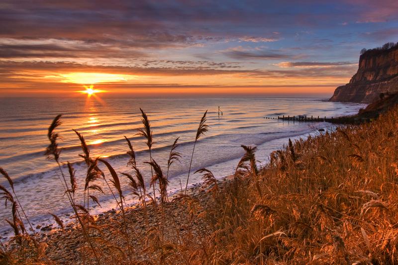 z1762 Sunrise, Shanklin Beach - Sandown, Shanklin, Luccombe and Wroxall