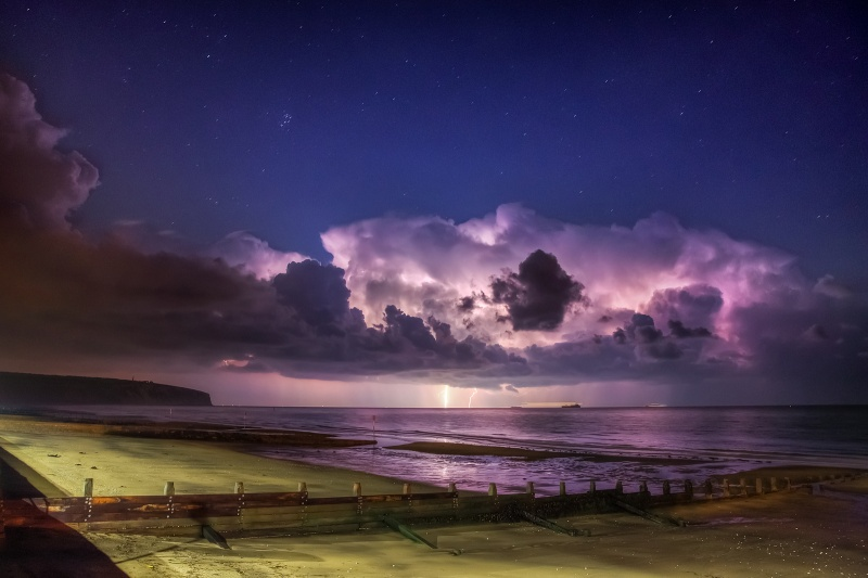 z2559 Distant Storm, Sandown Bay - The Lightning Gallery