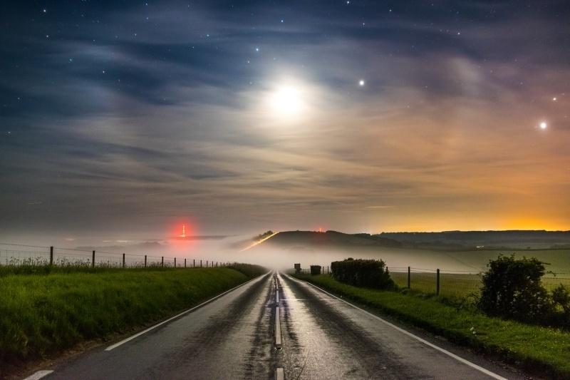z2723 Moon Jupiter and Venus over Ashey - The Inner Island inc Newport & Godshill