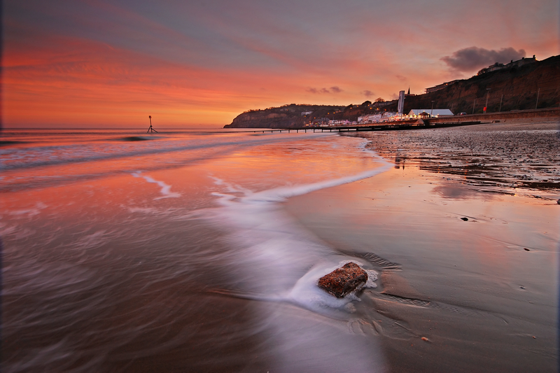 z1251 Shanklin Beach Sunset - Sandown, Shanklin, Luccombe and Wroxall