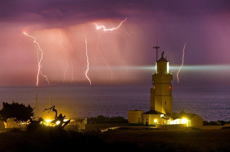 z1642 Lightning, St Catherines Lighthouse - The Lightning Gallery