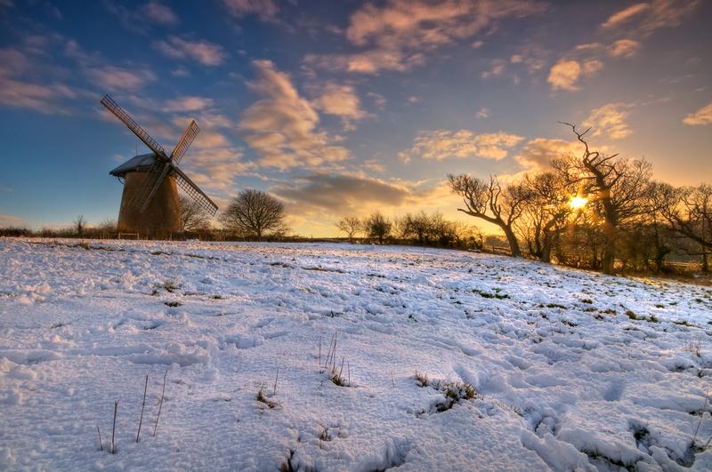 z1757 Snowy Sunrise, Bembridge Windmill - Seaview to Bembridge, Whitecliff Bay and Brading