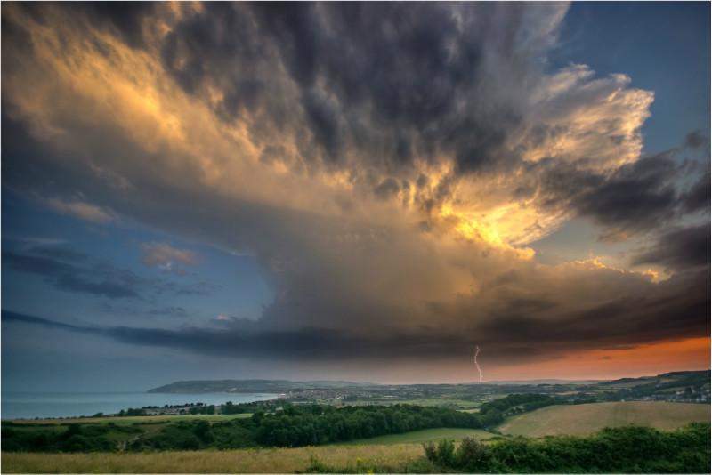 z2768 Structured Storm, Sandown Bay - The Lightning Gallery