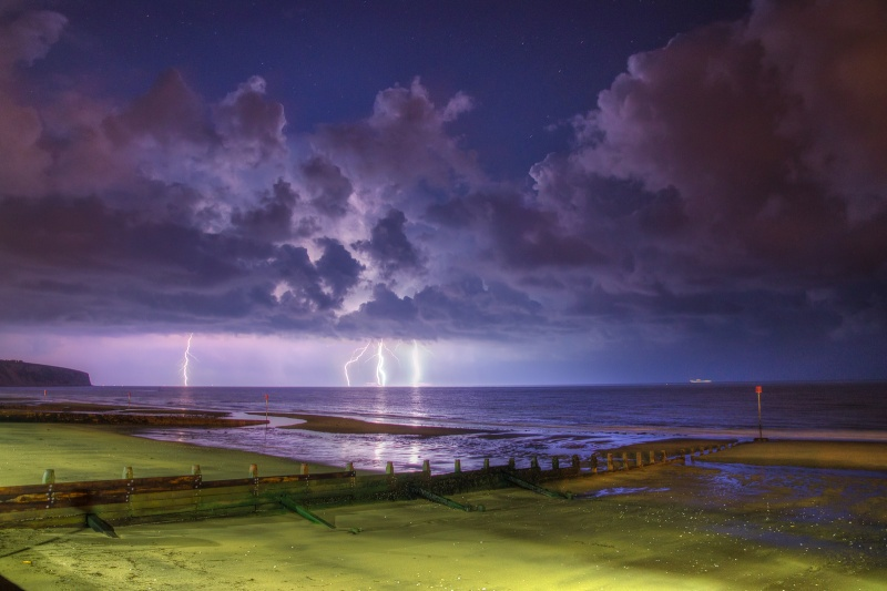 z2546 Distant Storm, Sandown Bay - The Lightning Gallery