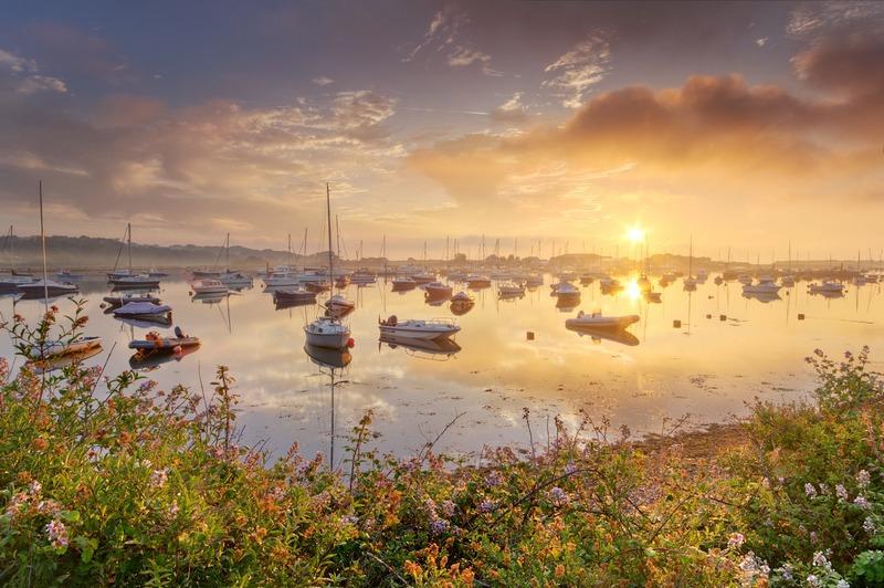 z2448 Mellow Morning Bembridge Harbour - Seaview to Bembridge, Whitecliff Bay and Brading