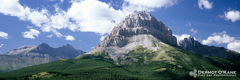 Crowsnest Mountain - Panoramic Horizontal Images