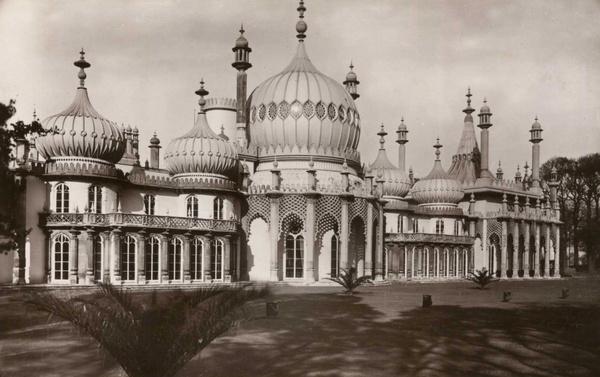 Brighton Royal Pavillion 8 - Old Photos of Brighton