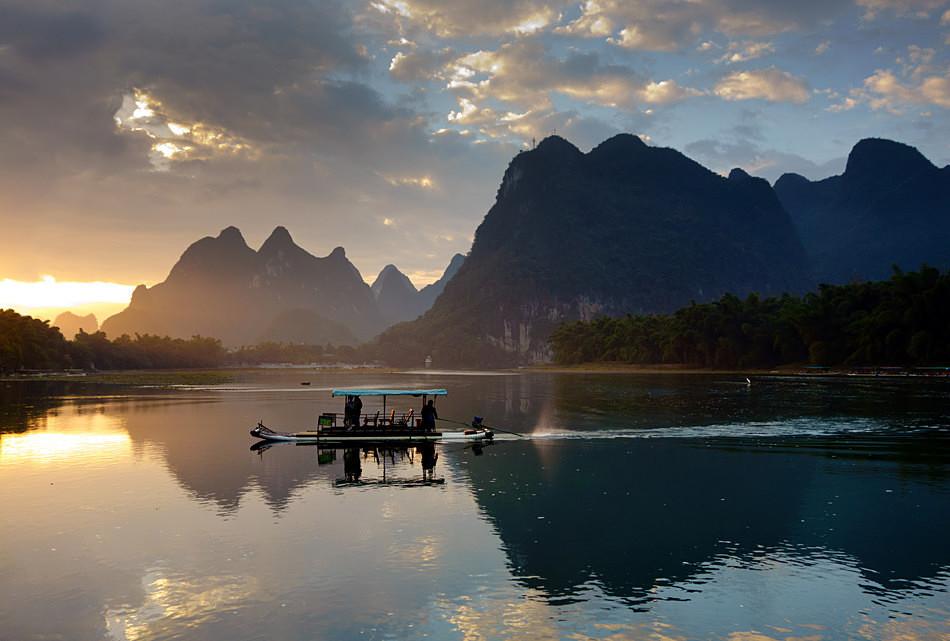 Li river sunrise - China, Guangxi Province